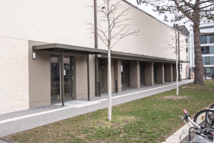 Fassade Süd Eingangsbereich